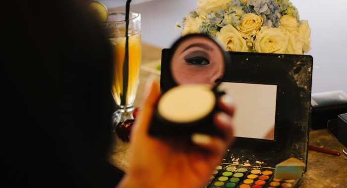 Occha Make Up Artis Mirror - Romantic Bali Wedding