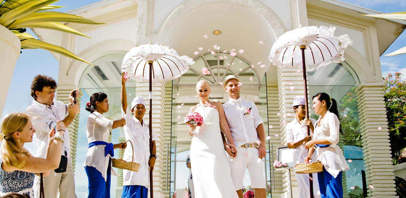 Bali Weddings - Blue Point Chpale Wedding Aleksander