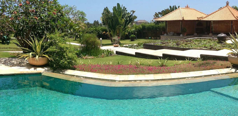 Bali Weddings - Wedding Pool Villa Joan Canggu